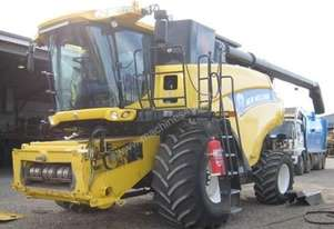 2012 New Holland CR9090 Combine Harvesters