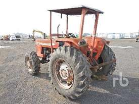 MASSEY FERGUSON 265 MFWD Tractor - picture1' - Click to enlarge