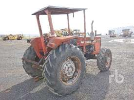 MASSEY FERGUSON 265 MFWD Tractor - picture2' - Click to enlarge