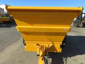 2017 BARFORD D16 16T TWIN AXLE DUMP TRAILER - picture2' - Click to enlarge