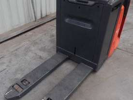 Used Forklift: N20HP Genuine Preowned Linde 2t - picture1' - Click to enlarge