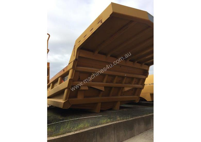 CATERPILLAR 777F TRAY