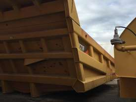 CATERPILLAR 777F TRAY - picture2' - Click to enlarge