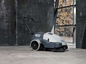 FEB 2020 SPECIAL -  Nilfisk Walk Behind Sweeper SW750  - picture3' - Click to enlarge