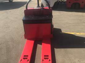 Rent Me - Electric Pallet Jack - capacity 2720 kgs - $75.00 per week plus gst - picture0' - Click to enlarge
