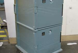 Insulated Food Holding and Transport Cart - Cambro
