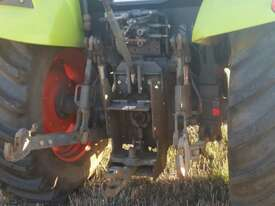Claas AXOS 330 FWA/4WD Tractor - picture0' - Click to enlarge