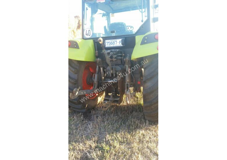 Claas AXOS 330 FWA/4WD Tractor