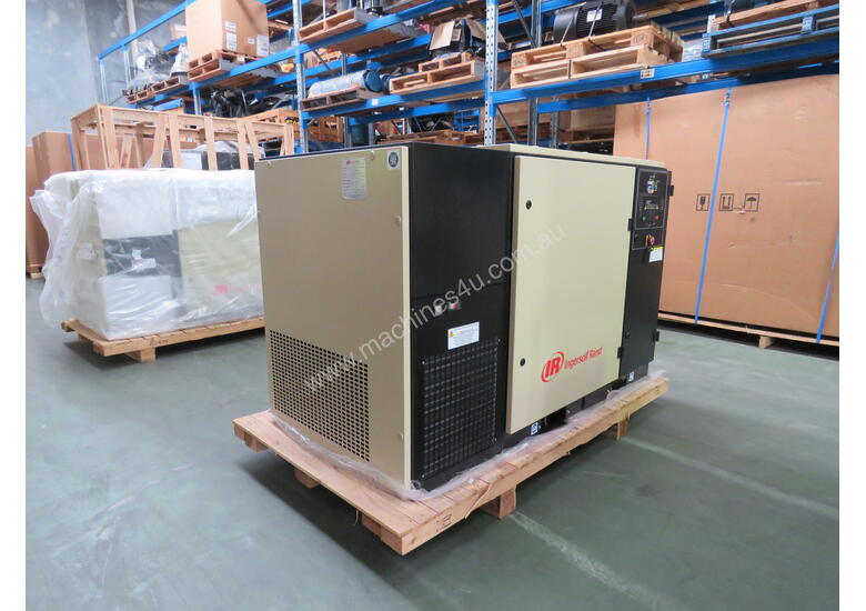 15kW / 20HP / 83cfm Ingersoll Rand Air Compressor & Dryer: UP5E-18TAS-8