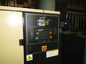 Ingersoll Rand UP5E-18TAS-8 101cfm 18kW Air Compressor with Integrated Refrigerated Air Dryer - picture7' - Click to enlarge
