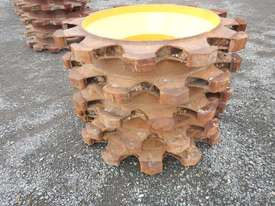 Compactor Wheels to suit CAT 815 (2 of) - 6928-3 - picture3' - Click to enlarge