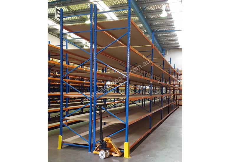 Used 3.6m High Long Span Racking Shelving With Boards 3600 x 900
