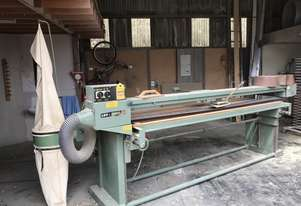 Stroke sander with own dustbag,3 phase power,19 spare belts, machine has own plug and long lead .