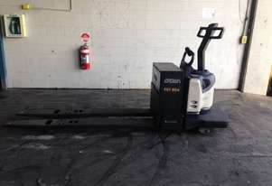 Electric Forklift Rider Pallet PE Series 2008