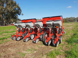 2020 IRTEM SIX ROW PNEUMATIC PRECISION PLANTER - picture0' - Click to enlarge