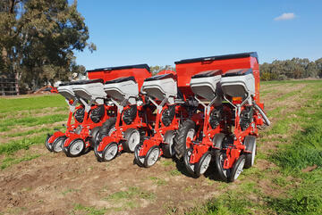 2021 IRTEM 6 ROW PNEUMATIC PRECISION PLANTER