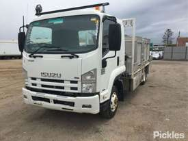 2009 Isuzu FRR600 MWB - picture2' - Click to enlarge