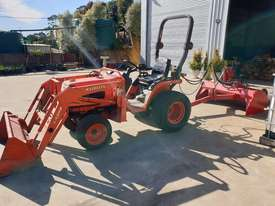 Used Kubota B7510 Tractor - picture0' - Click to enlarge