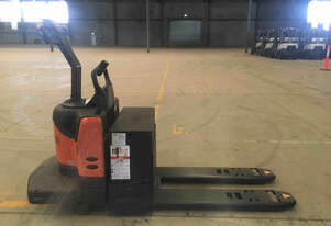 Crown PE 4500 Series  Pallet Jack Jack/Lifting