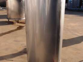 Stainless Steel Storage Tank (Vertical), Capacity: 500Lt - picture1' - Click to enlarge