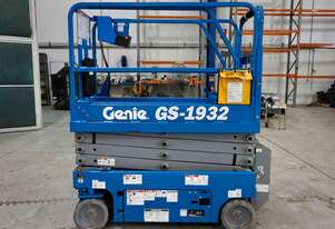Genie GS1932 Electric Scissor Lift