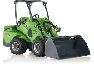 Avant e5 Fully-Electric Battery-Powered Articulated Mini Loader