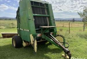 John Deere 435 Baler Variable Chamber, Twin Only, Uknown Bales.