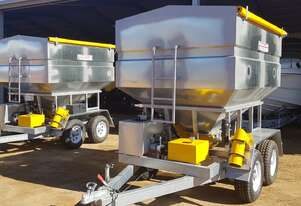 Commander Ag-Quip Feedout Carts