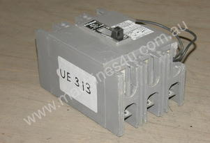 Westinghouse FB3080NA Circuit Breakers.